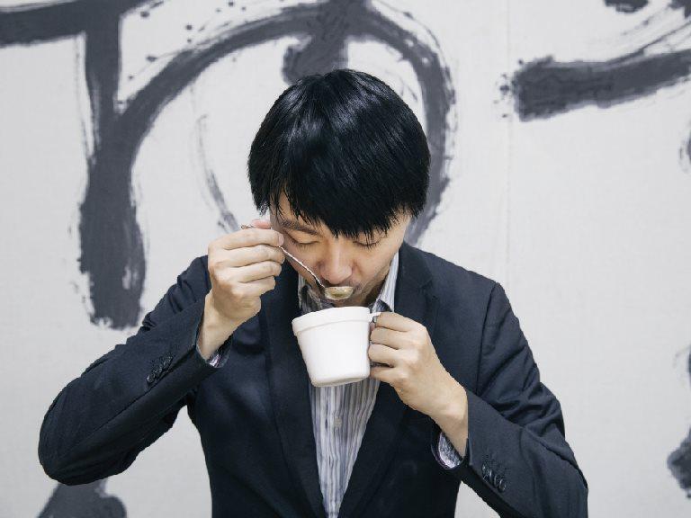 咖啡杯測師