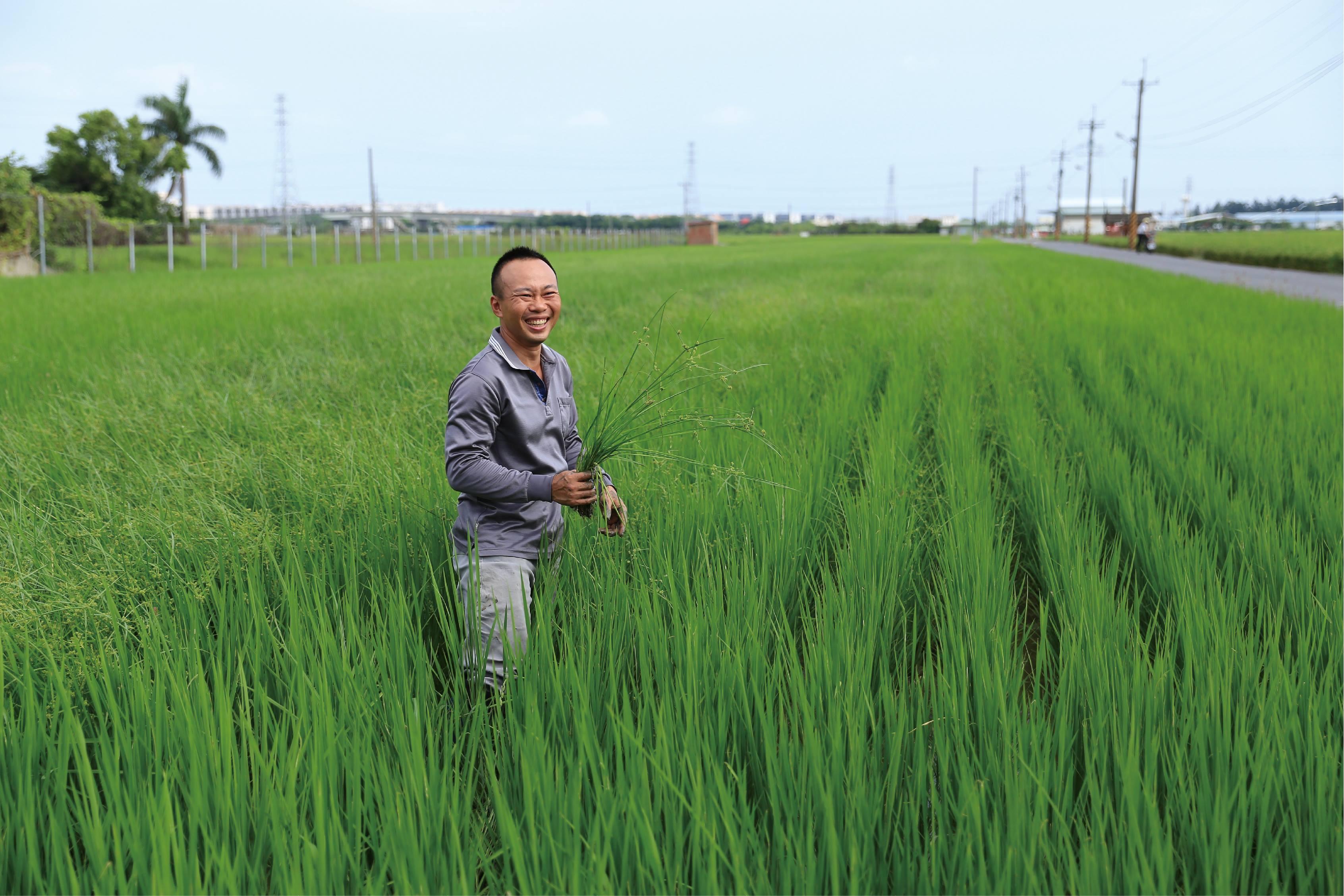 志偉橫-支持在地小農、選用台灣國產豆是我們的堅持,市面上豆製品充斥著各式各樣的化學添加物,製作健康純粹的豆製品反而是最困難的。