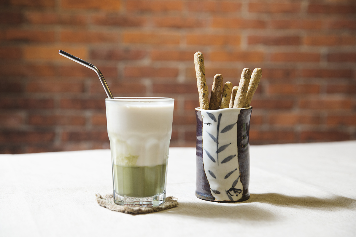 甘樂豆乳 加入新鮮食材三峽碧螺春茶粉、大甲芋頭、甘酒、栗子南瓜,創造手工豆漿一想不到的新滋味! | 甘樂食堂下午茶 | 古厝裡的美味時光