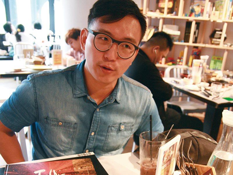 貝斯手的影像日誌『Tour是一個持續的想法,人活著就難以停下 。』 /  Mo Chen 陳彥奇
