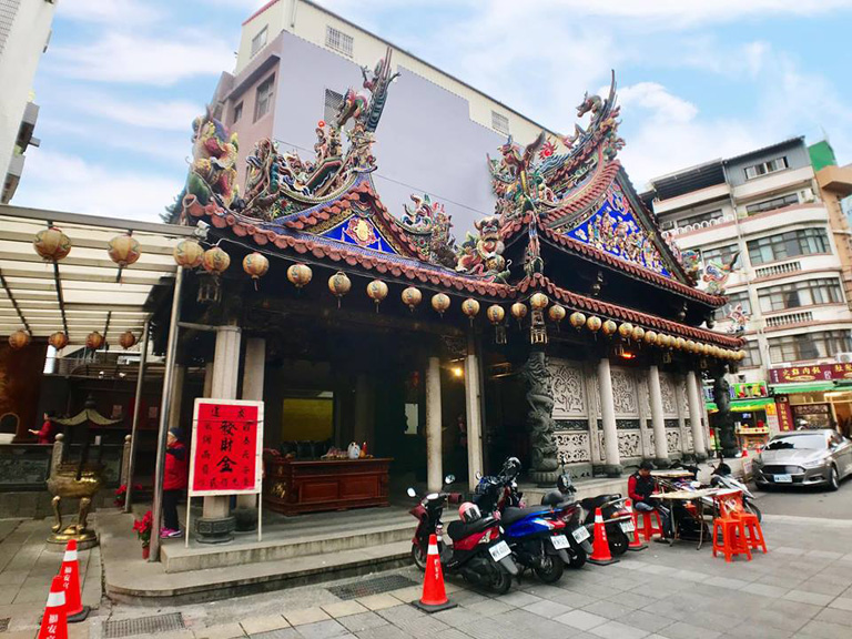 In 1785 (50th year of Qianlong Era in Qing Dynasty), inhabitants of Sanxia built a Tudigong temple behind Zushi Temple on the right, and it is now one of the oldest Tudigong temples in Sanxia.  | Taipei Cultural experience | CAN Culture