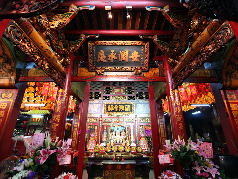 """Due to the limited space, Mazu was settled in the middle hall, and the front hall was used as a store for selling incense and offerings, hence the name """"Mazu Store"""".  
