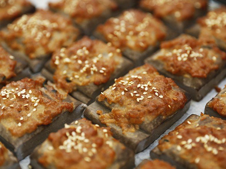 烤黑豆干佐黃金味噌抹醬,簡單烤箱料理馬上做|禾乃川小廚房特別篇