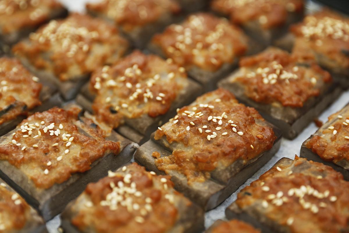 烤黑豆干佐黃金味噌抹醬   禾乃川國產豆製所   甘樂文創   甘之如飴,樂在其中