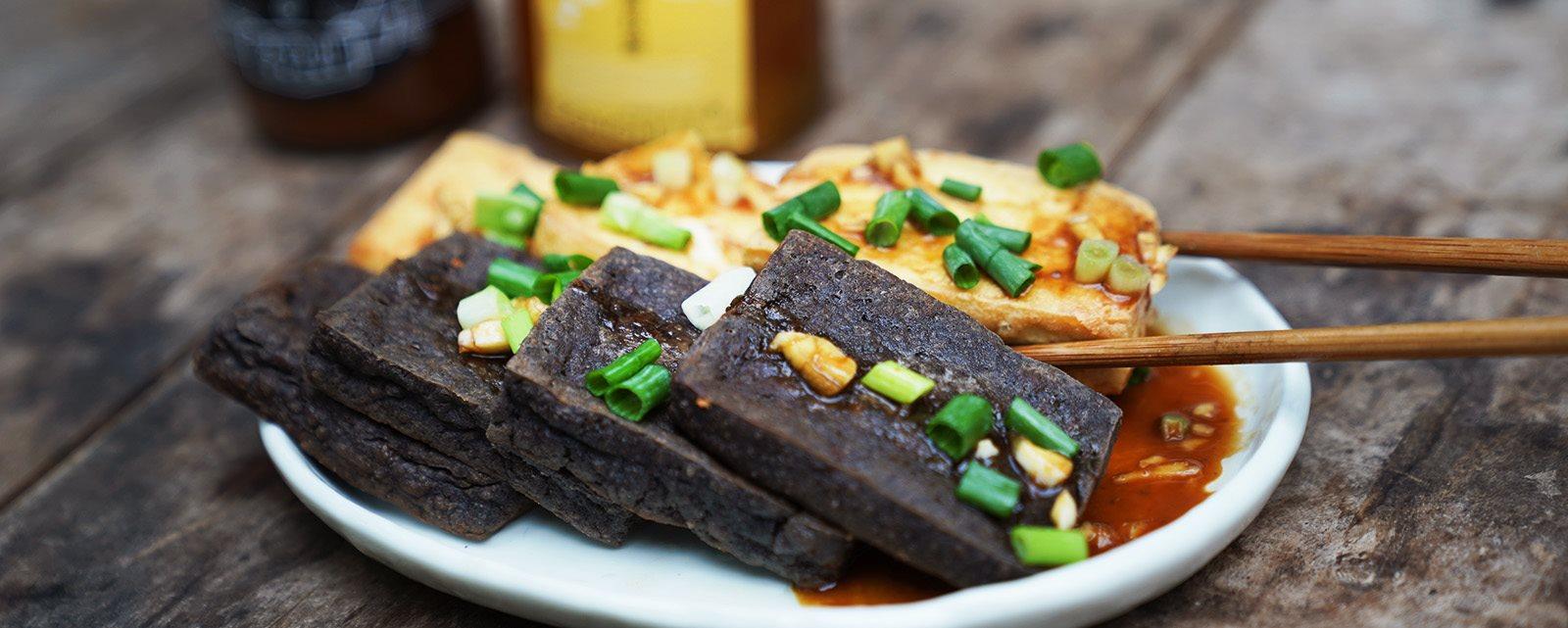 香煎豆腐佐味噌御露蜂蜜醬,快速上桌的美味料理   禾乃川小廚房