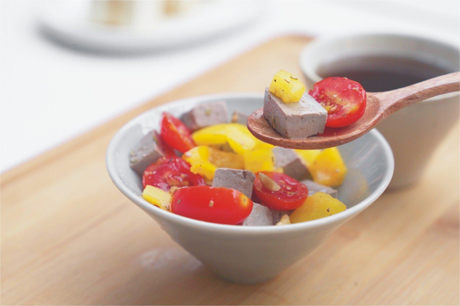 義式風味三色沙拉,色香味俱全的健康珠寶盒|禾乃川小廚房