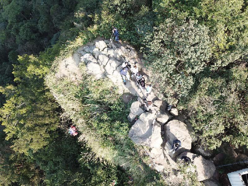 一趟走進森林的充電之旅_登上小百岳鳶山