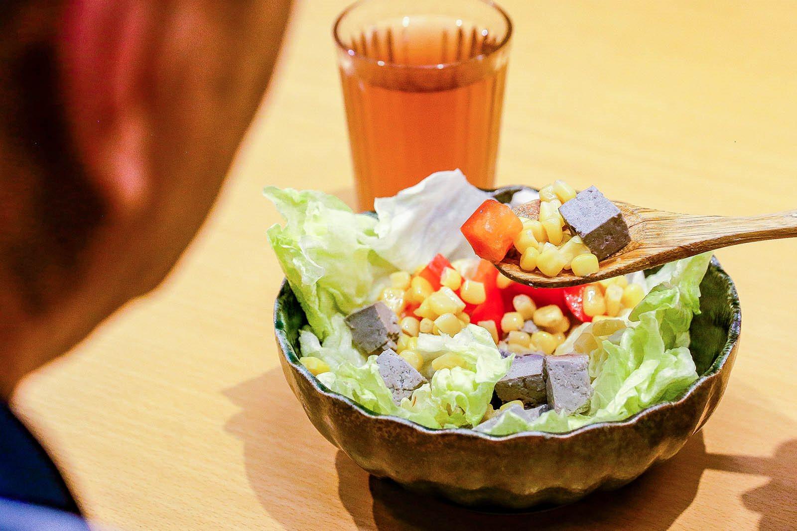 人氣推薦!夏天健康涼拌菜加入禾乃川國產豆製所鹽鹵豆腐